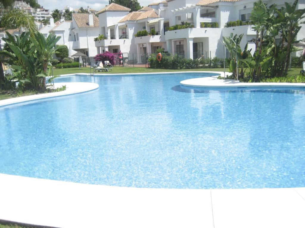construcci n de piscinas en marbella jardines y piscinas